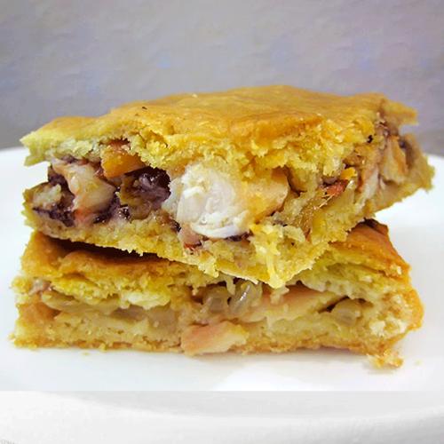 Empanada de pulpo con queso de tetilla